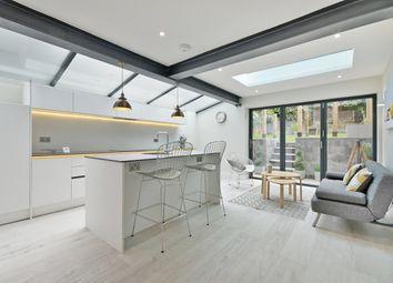 Thumbnail 2 bedroom flat for sale in Kingsgate Road, West Hampstead