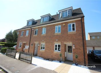 Bennington Drive, Borehamwood, Hertfordshire WD6. 3 bed end terrace house