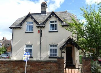 Thumbnail 2 bed detached house to rent in Nuneaton Road, Mancetter, Atherstone