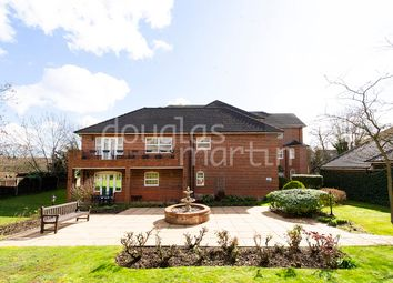 3 bed flat for sale in Turnberry Close, London NW4