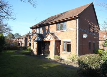 1 bed terraced house to rent in Templecombe Mews, Oriental Road, Woking GU22