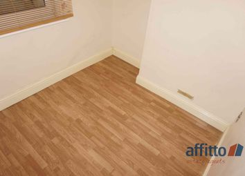 Thumbnail 2 bed flat to rent in Abbots Walk, High Street, Biggleswade