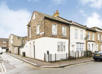 Thumbnail 1 bed flat for sale in Wellington Road, London