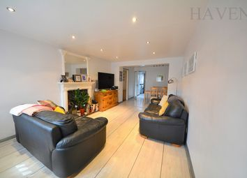 Thumbnail 2 bed flat for sale in The Causeway, East Finchley, London
