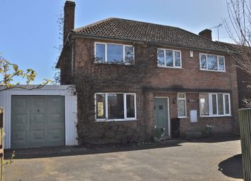 Thumbnail 3 bed detached house for sale in Peewit Road, Hampton, Evesham