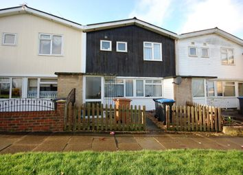 Thumbnail 4 bed property to rent in Briars Close, Hatfield