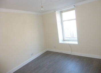 Thumbnail 3 bedroom flat to rent in 152D High Street, Lochee