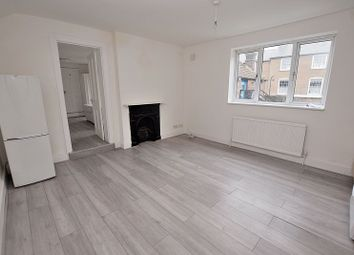 Thumbnail 1 bed flat to rent in High Street South, Dunstable