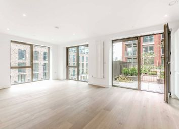 Thumbnail 1 bed flat to rent in Royal Wharf, Docklands