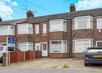 Thumbnail 3 bed terraced house to rent in Roslyn Road, Hull