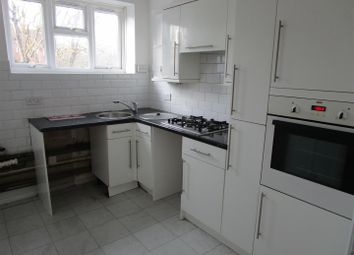 Thumbnail 1 bedroom flat to rent in Faymore Gardens, South Ockendon