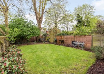 Thumbnail 2 bedroom flat for sale in Cleve Road, South Hampstead, London