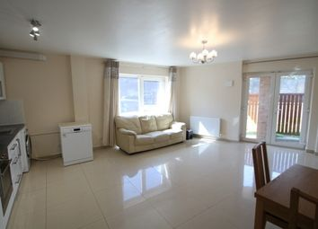 Thumbnail 2 bedroom flat to rent in Martins Road, Bromley