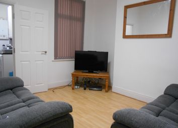 3 bed shared accommodation to rent in Lancing Road, Sheffield S2