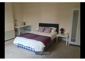 Thumbnail Room to rent in East Parade, Harrogate