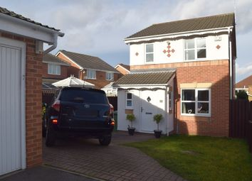 Thumbnail 3 bed detached house to rent in White Court, Crofton, Wakefield