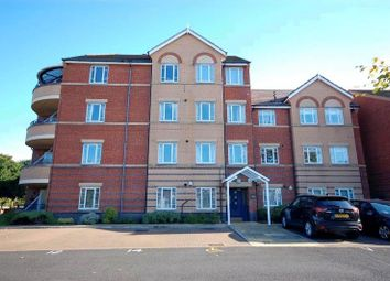 Thumbnail 2 bed flat for sale in Queens Road, Southport