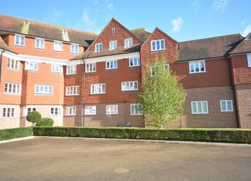 Thumbnail 2 bed flat to rent in Elizabeth Drive, Banstead