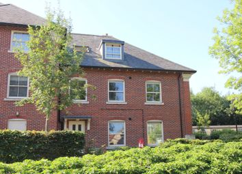 Thumbnail 2 bed flat for sale in Robins Court, Station Approach, Alresford