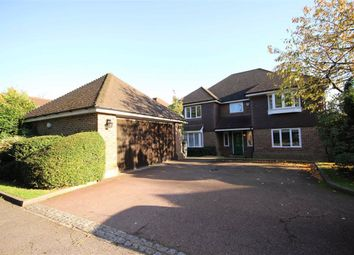 5 bed detached house to rent in Barnet Road, Arkley, Hertfordshire EN5