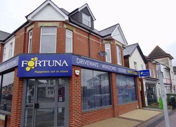 Wimborne Road, Winton, Bournemouth BH9. 2 bed flat