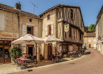 Thumbnail Pub/bar for sale in Nanteuil-En-Vallee, Charente, France