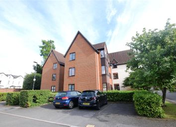 Thumbnail 2 bed flat to rent in Southern Hill, Reading, Berkshire
