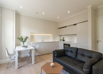 Thumbnail 1 bed flat to rent in Palace Garden Court, London