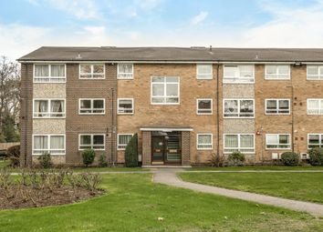 Thumbnail 2 bed flat to rent in Gleneagles, Stanmore