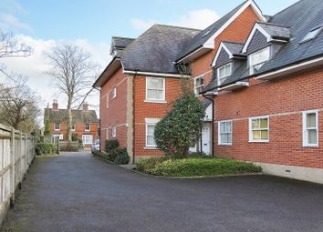 2 bed flat for sale in Millway Road, Andover SP10