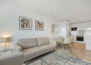 Thumbnail Flat to rent in 11 Saffron Central Square, Croydon
