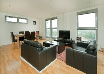 Thumbnail 3 bedroom flat to rent in Balmes Road, London
