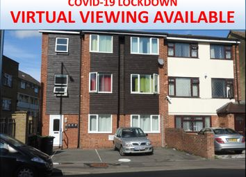 2 bed flat to rent in Milton Road, Gravesend, Kent DA12
