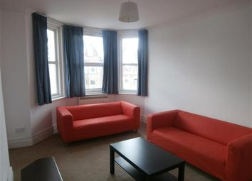 Thumbnail 4 bed flat to rent in Howard Road, Shirley, Southampton