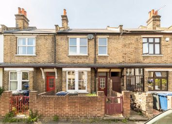 3 bed property to rent in Darwin Road, London W5