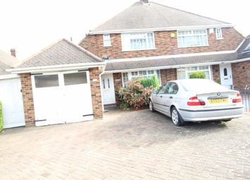4 bed property to rent in Oakley Road, Leagrave, Luton LU4