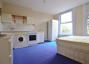 Thumbnail Studio to rent in Pellatt Grove, Wood Green, London