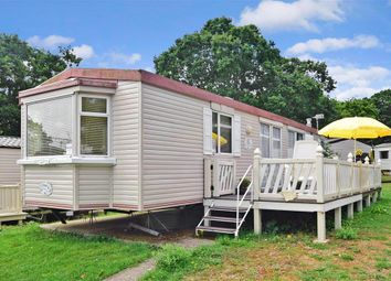 Thumbnail 2 bed mobile/park home for sale in Thorness Lane, Cowes, Isle Of Wight