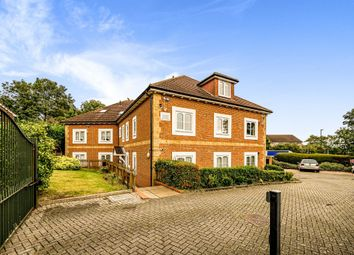 Thumbnail 2 bed flat for sale in Windsor Lane, Burnham, Slough