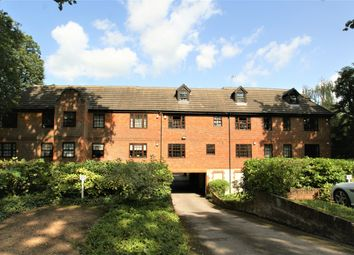 Thumbnail 1 bed flat to rent in Princes Road, Weybridge