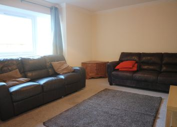 2 bed flat to rent in Allanfield, Central, Edinburgh EH7
