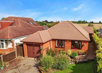 London Road, Aston Clinton, Aylesbury HP22. 3 bed bungalow