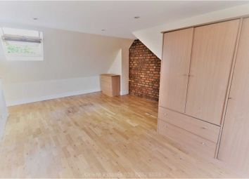 Thumbnail Room to rent in Room (Double) Avondale Road, Finchley Central