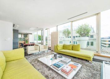 Brewery Square, London EC1V. 2 bed flat