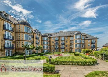 2 bed flat for sale in Newland Gardens, Hertford, Herts SG13