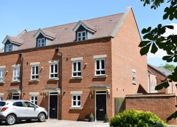 Thumbnail 3 bed property for sale in Denman Drive, Newbury