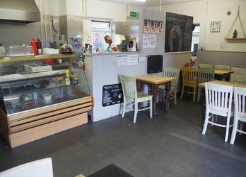 Thumbnail Restaurant/cafe for sale in Cafe & Sandwich Bars WF3, Stanley, West Yorkshire