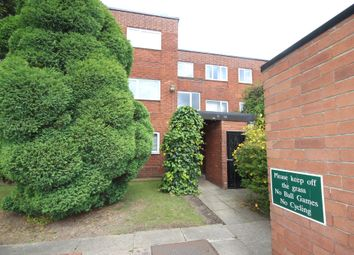 2 bed flat to rent in Greenside Court, Monton, Eccles M30