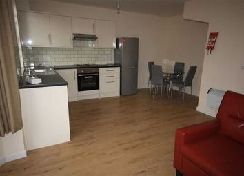 Thumbnail 2 bedroom flat to rent in Albion Street, Hull