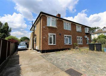 Thumbnail 2 bedroom flat to rent in Barncroft Close, Loughton, Essex